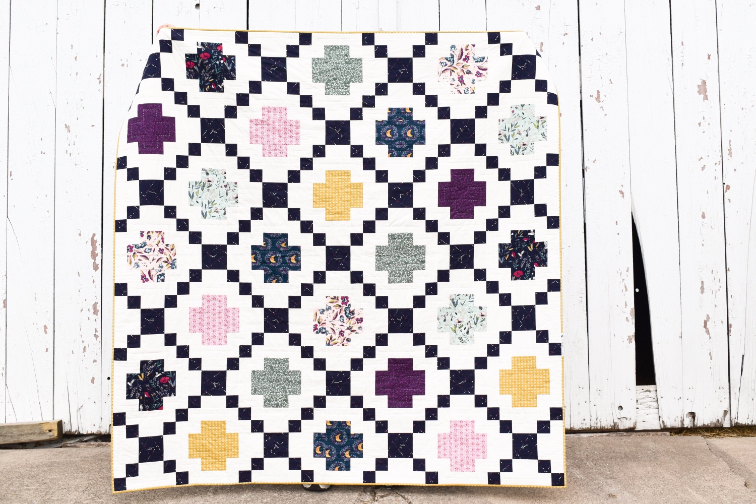 Modern Crossing | A Finished Quilt
