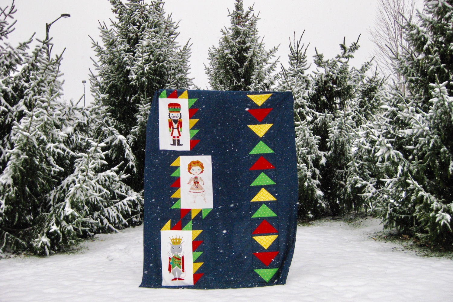 Nutcracker Suite | A free quilt pattern