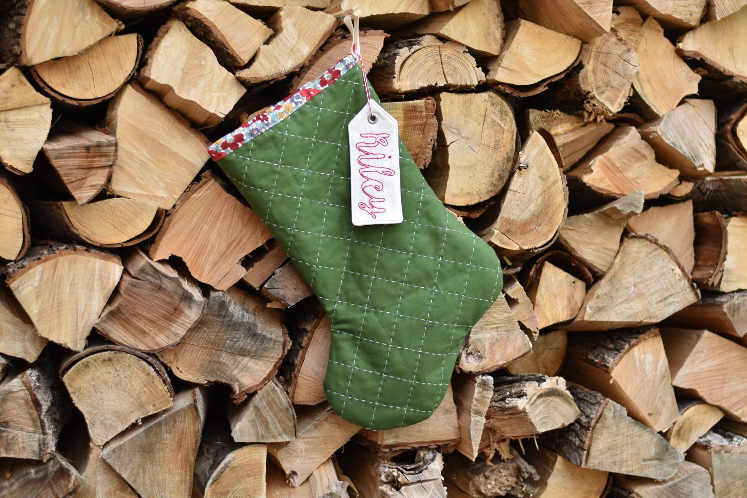 large free quilted Christmas stocking pattern