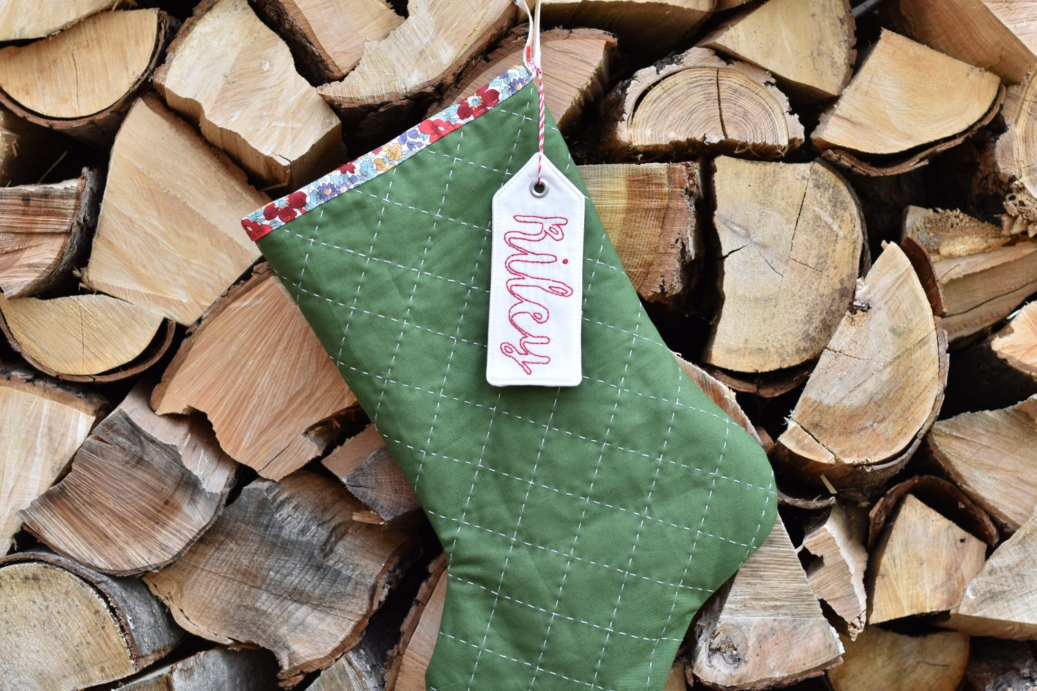 free Christmas stocking pattern and video tutorial