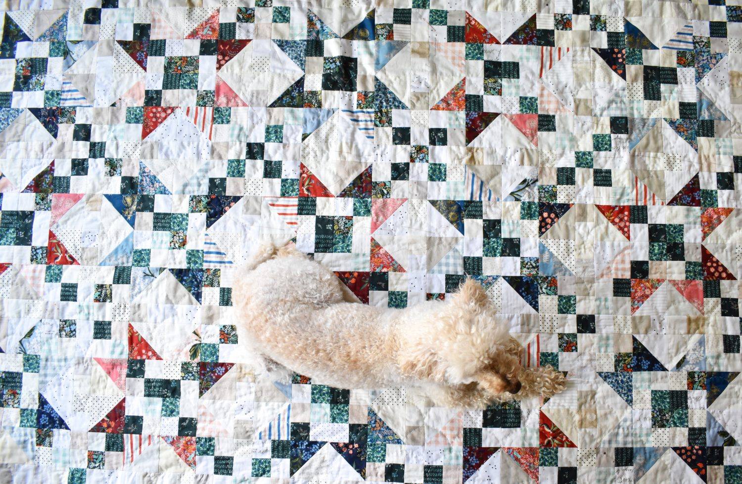 Starlite Quilt Pattern by Patchwork & Poodles